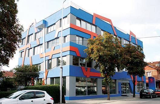 """Commercial Building """"Set Computers"""""""